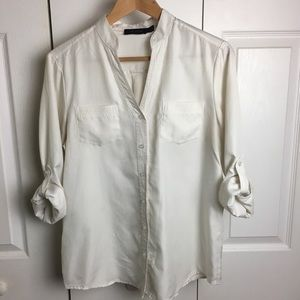 The Limited 3/4 roll-tan sleeve button up size M